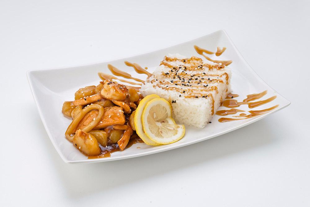 Рис на пару с морепродуктами